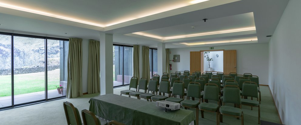 <p>Conference Room</p>